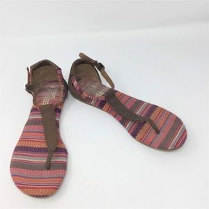 Toms Sandals Ankle Strap Leather/Canvas T Strap W8